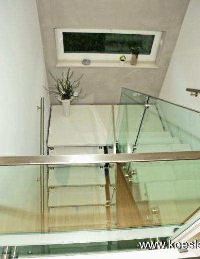 WF2Bolzentreppe-Glasgelaender1